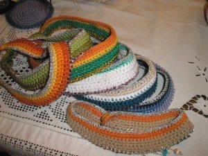 Περιδέραια σε διάφορα χρώματα